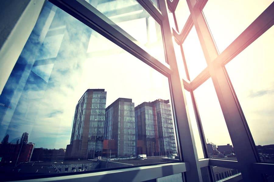 ניקוי חלונות משרדים ביקנעם