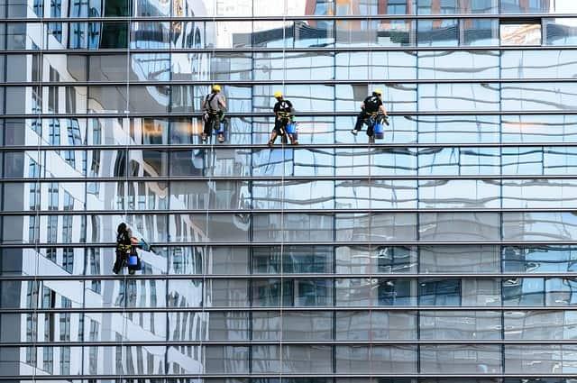ניקוי חלונות בגובה ביהוד-מונוסון