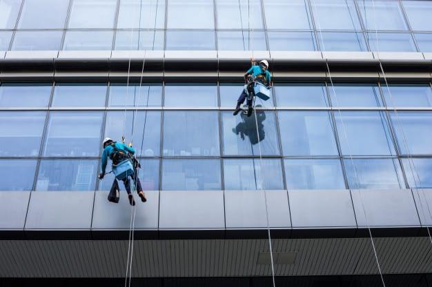 דגשים בזמן ניקוי חלונות בסנפלינג