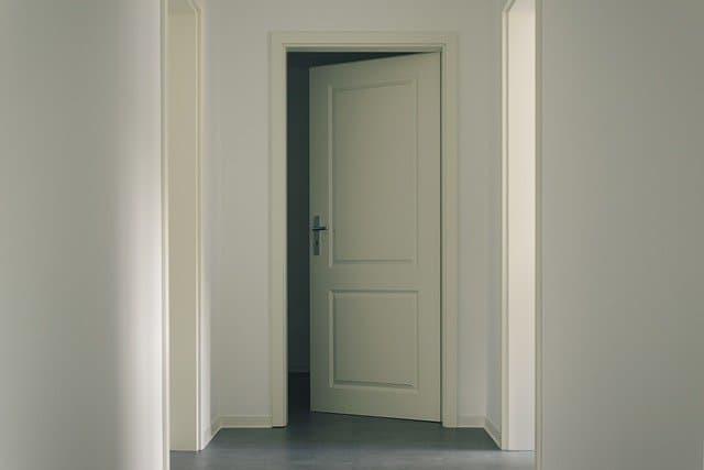עלות דלת פנים