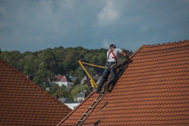 שירות תיקון גגות