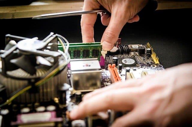 מעבדה לתיקון מחשבים